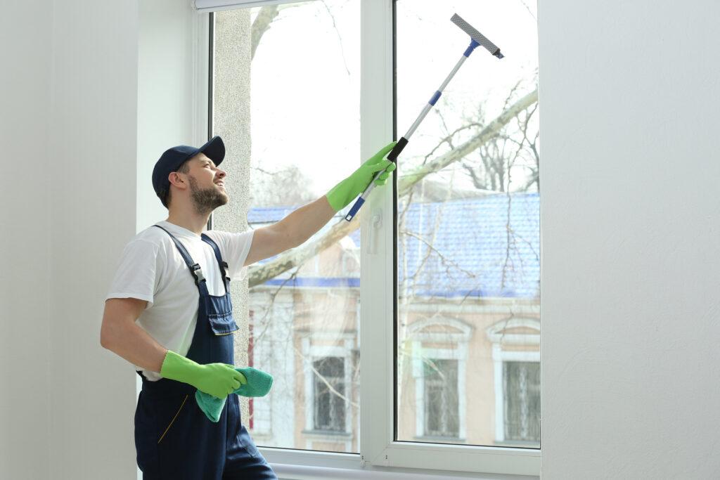 Reinigung Scharif Fenster